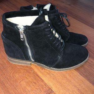 Steve Madden Black Suede Boots